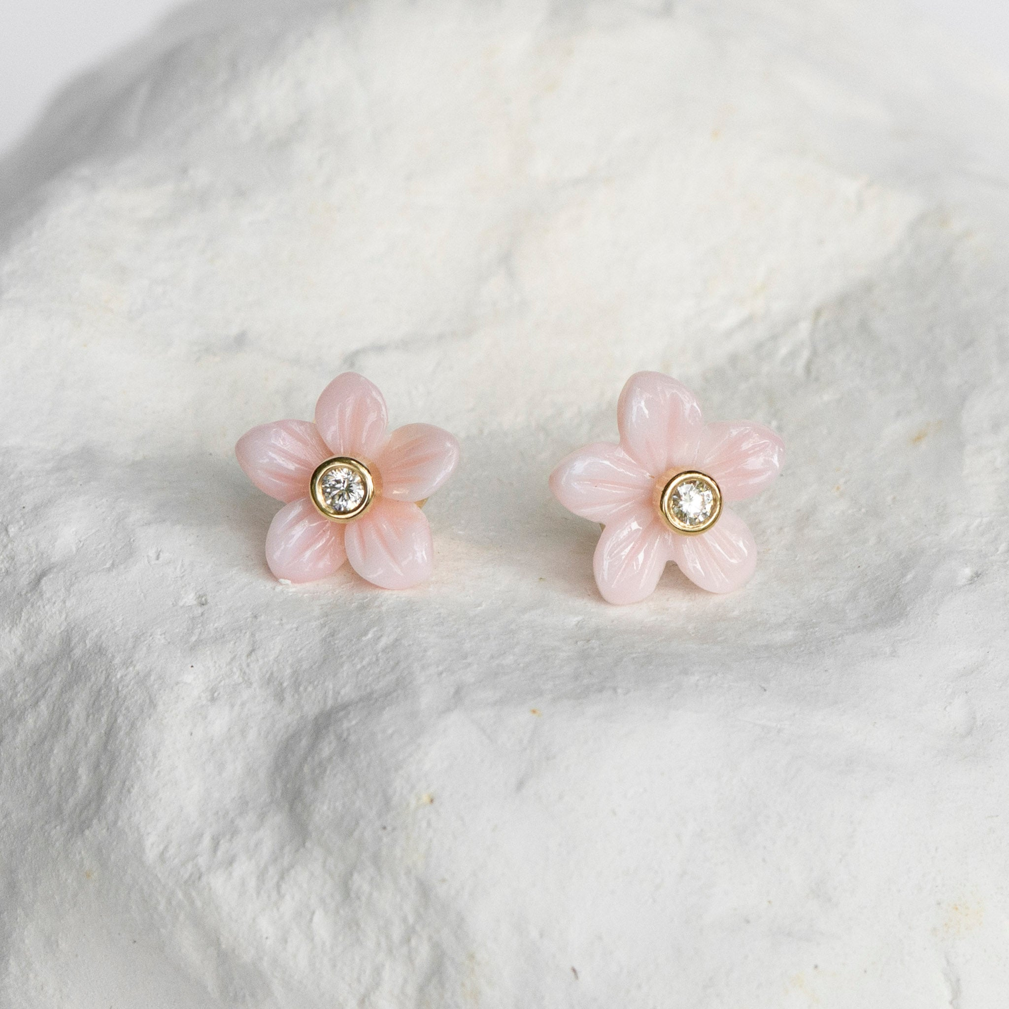 Delicate petit jasmine flower earrings yellow gold and diamonds