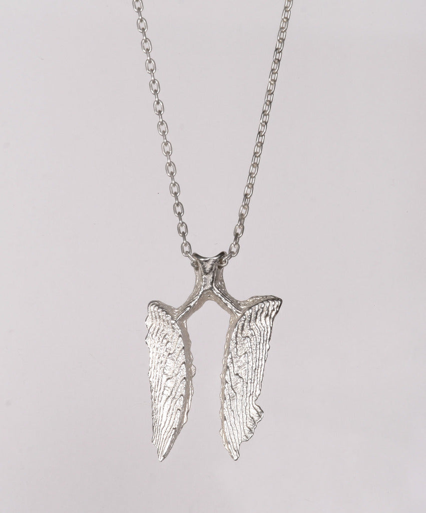 Sepia Wing necklace silver