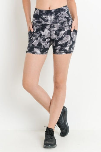 Highwaist Monochrome Camo Print Shorts