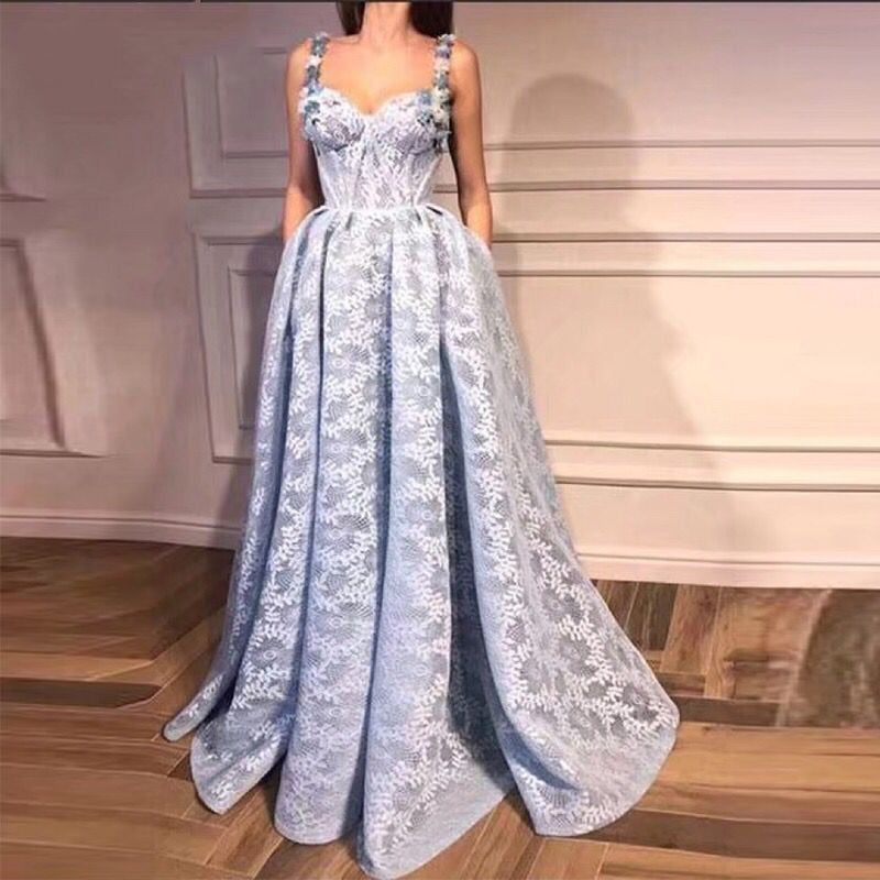 Long Light Blue Lace Saudi Arabic Women Evening Dresses 2018 with Straps Avondjurken 2018