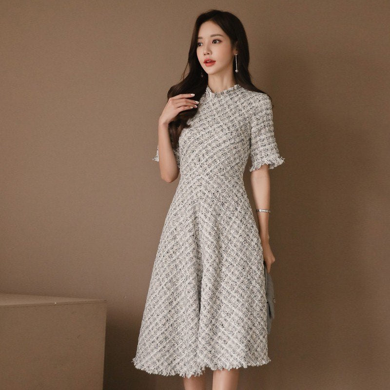 Foamlina Elegant Women Dress Tweed Vintage Dress O Neck Short Sleeve Tassels Tunic Retro Lady Evening Party Midi Swing Dress