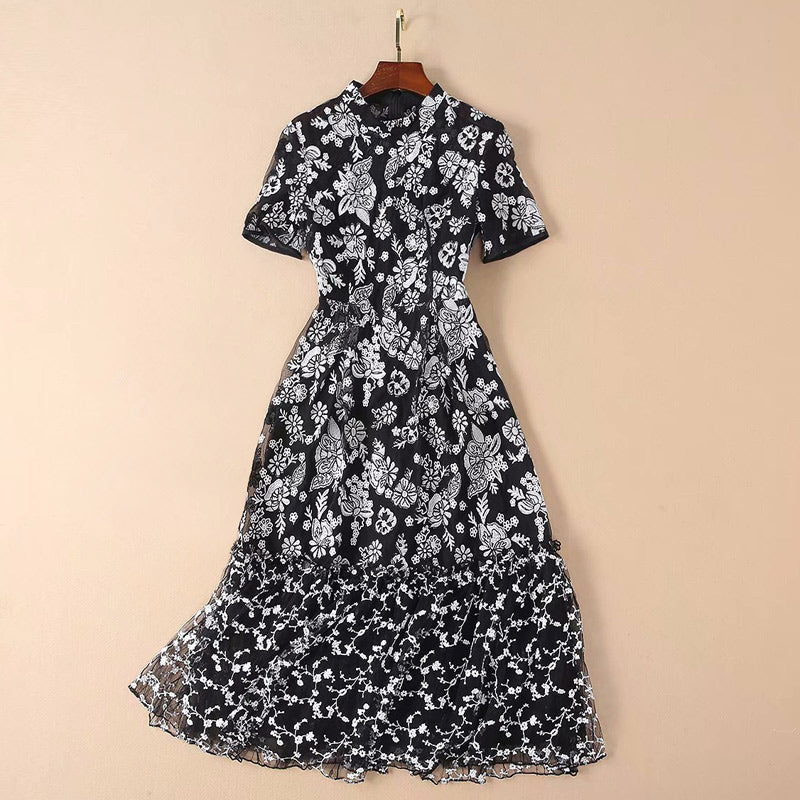 womens 2019 clothing black and white embroidery women floral dress catwalk fashion party dress for woman short sleeve midi dress