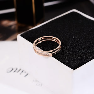 YUN RUO 2018 Chic 3 Layers Crystal Ring Rose Gold Color Fashion Titanium Steel Jewelry Wedding Birthday Gift Woman Never Fade