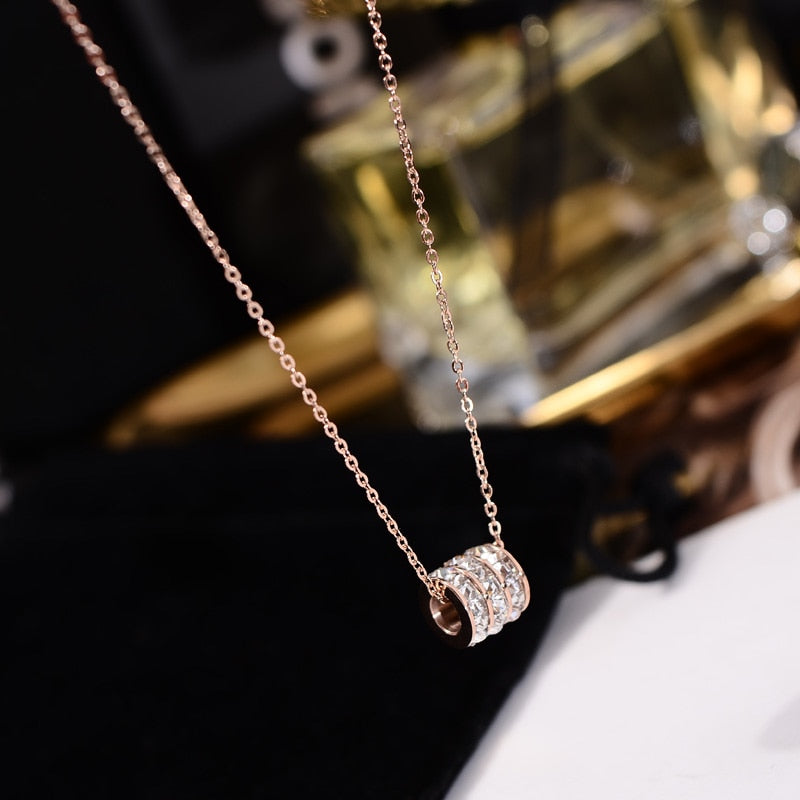 YUN RUO 2018 Rose Gold Color Luxury Qualities 3 Layer Zircon Cylinder Pendant Necklace Titanium Steel Jewelry Woman Gift No Fade