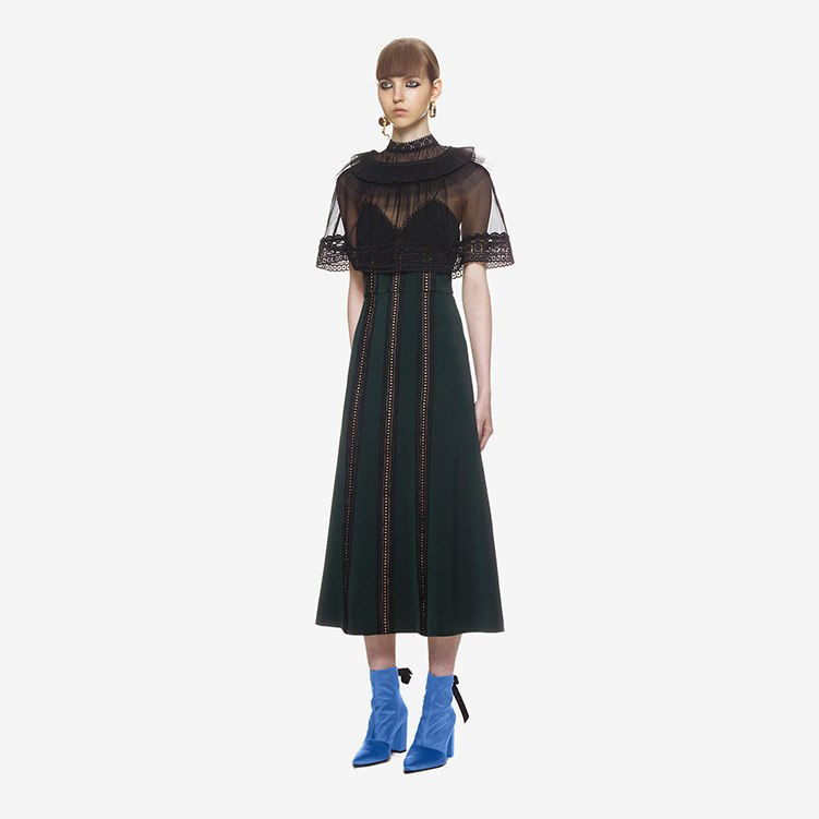 2018 Spring Sexy Cloak Dress Women Dark Green See through Mesh Lace Cape A line Long Dress Self Portrait Party Dress robe femme