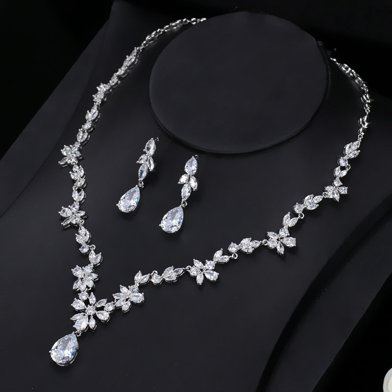 CWWZircons 2018 New Wedding Costume Accessories Cubic Zircon Crystal Bridal Earrings And Necklace Jewelry Sets For Brides T123