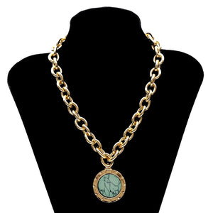 Vintage Green Stone Pendant Necklace Gold Color