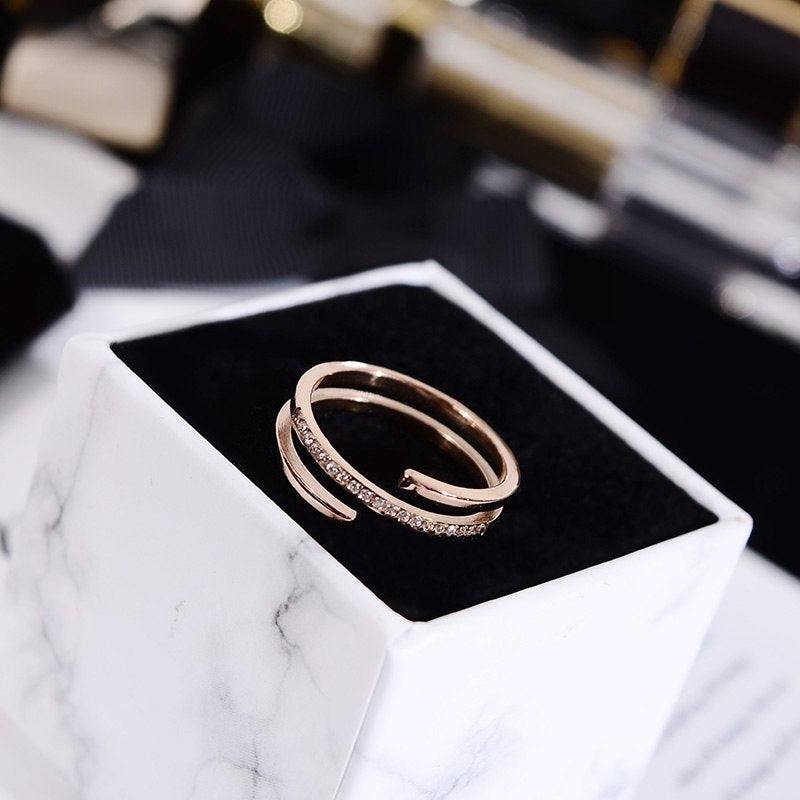 YUN RUO 2018 Chic 3 Layers Crystal Open Ring Rose Gold Color Fashion Titanium Steel Jewelry Wedding Birthday Gift Woman Not Fade