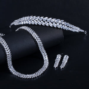 CWWZircons Shiny Marquise Cut Cubic Zirconia Bridal Necklace Earrings and Tiara Jewelry Sets for Wedding Hair Accessories  T313