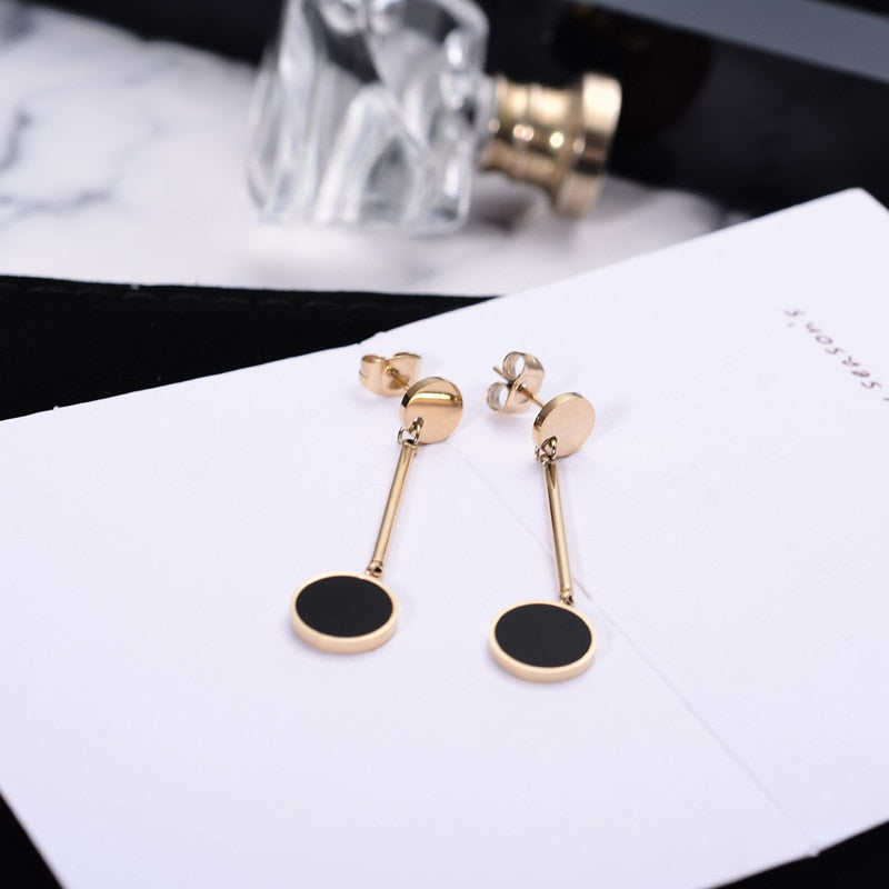 Medical Stainless Steel Jewelry Rose Gold Color Black Round Tassels Earrings