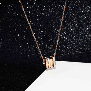 YUN RUO New Arrival Rose Gold Color Fashion Rotatable Crystal Square Pendant Necklace Titanium Steel Jewelry Woman Gift Not Fade
