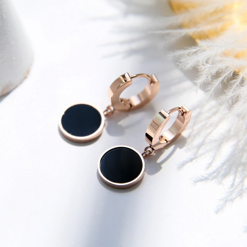 YUN RUO 2018 New Arrival Fashion Black Round Stud Earring Rose Gold Color Woman Gift Titanium Steel Jewelry Not Fade Top Quality