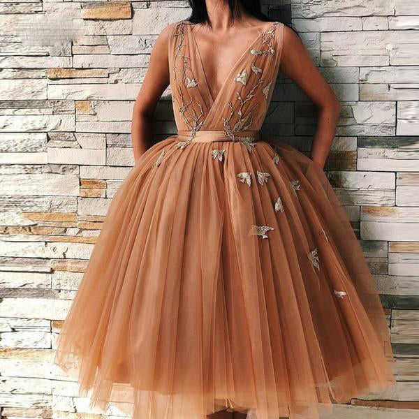 Dark Chamapgen Pretty Tutu Evening Dresses Deep V-neck Delicate Appliques Evening Dress