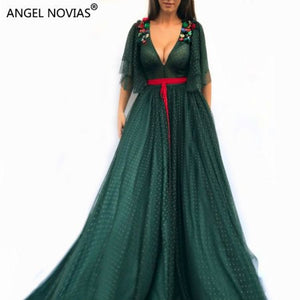 Long Elegant Green Abendkleider Saudi Arabic Women Evening Dresses 2018 with Crystals Abiye kleider damen lang