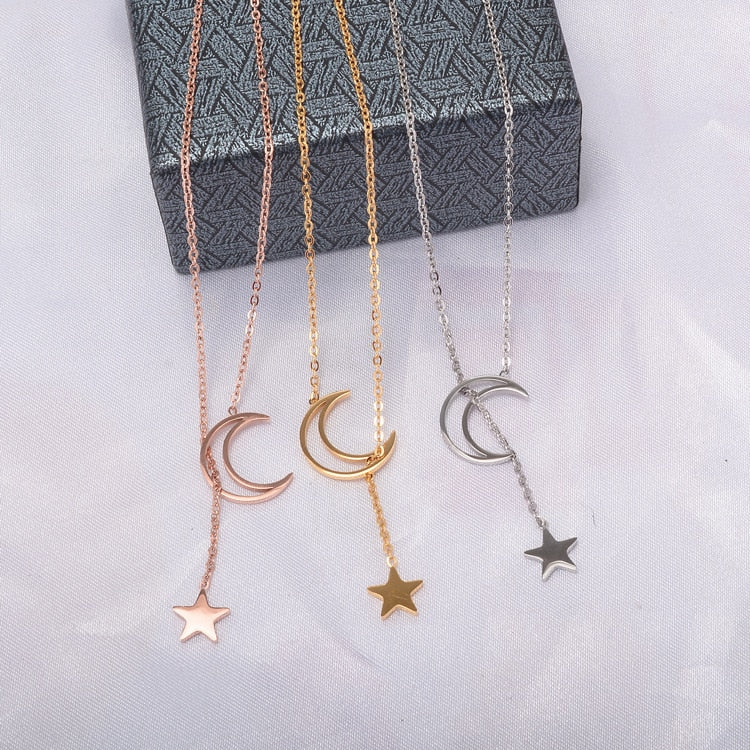 YUN RUO 2018 New Rose Gold Color Fashion Moon & Star Pendant Necklace Titanium Steel Jewelry Woman  Gift Never Fade Top Quality