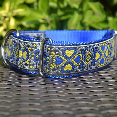 Lucky Hearts in Blue Martingale