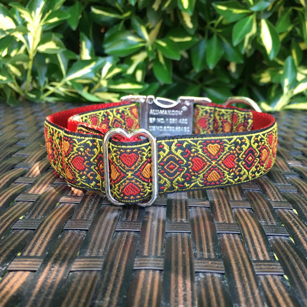 Lucky Hearts in Yellow Dog Collar - Hound Lines