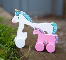 Load image into Gallery viewer, Mommy & Baby Unicorn Roller Toy