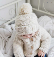 Load image into Gallery viewer, Natural Latte Pom Pom Hat