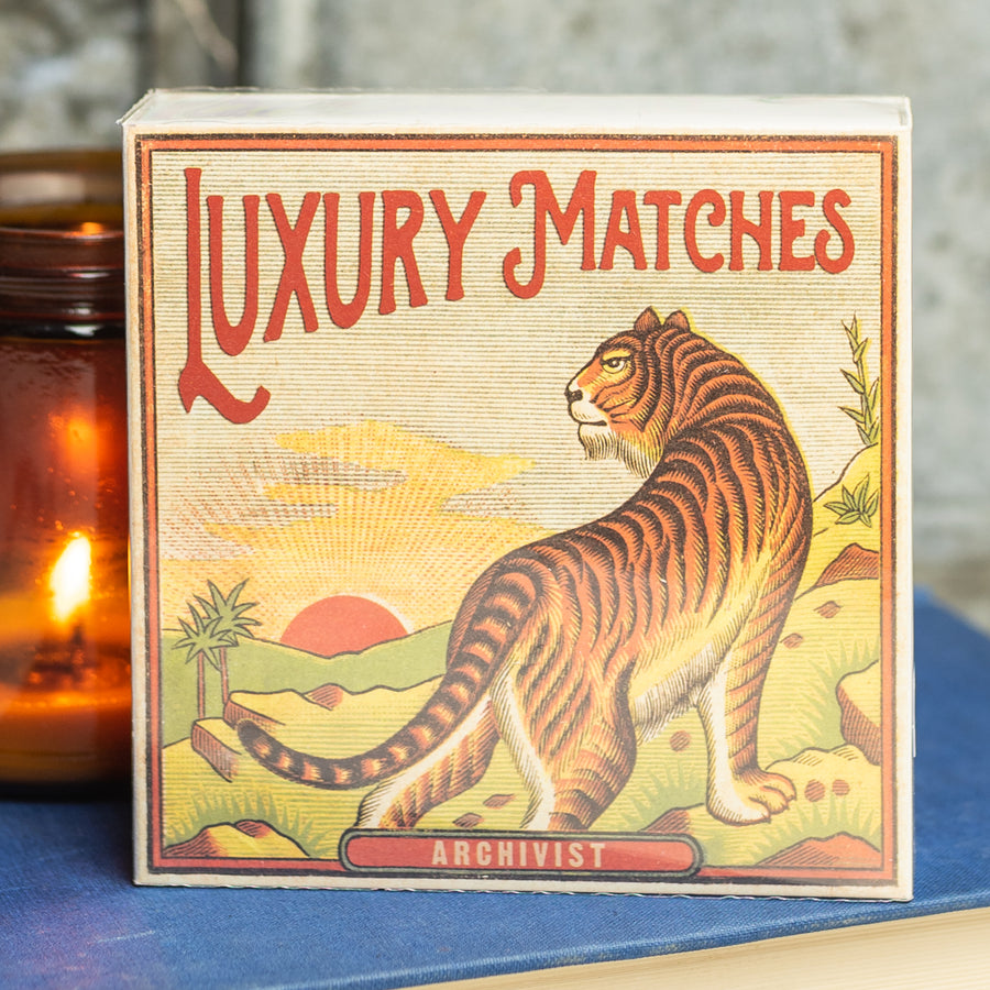 125 Luxury Matches With Tiger Graphic