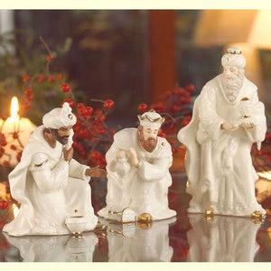 Belleek Holiday Collection Three Kings Set