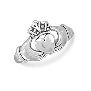 MMA Oxidized Claddagh Ring / Size 6