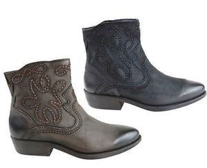 Outback Cowgirl Inuovo Planet Leather Ankle Boots