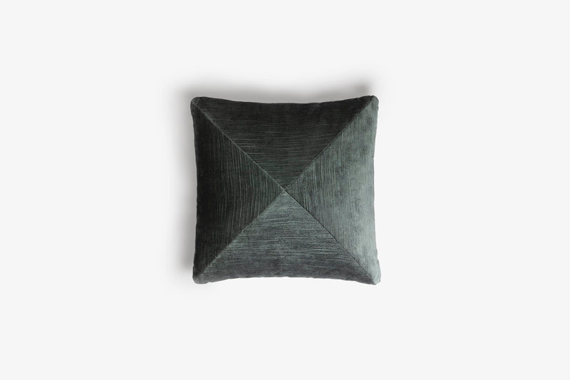 Cushion Velvet Triangle Teal, LO DECOR blue-green | Crafthouse