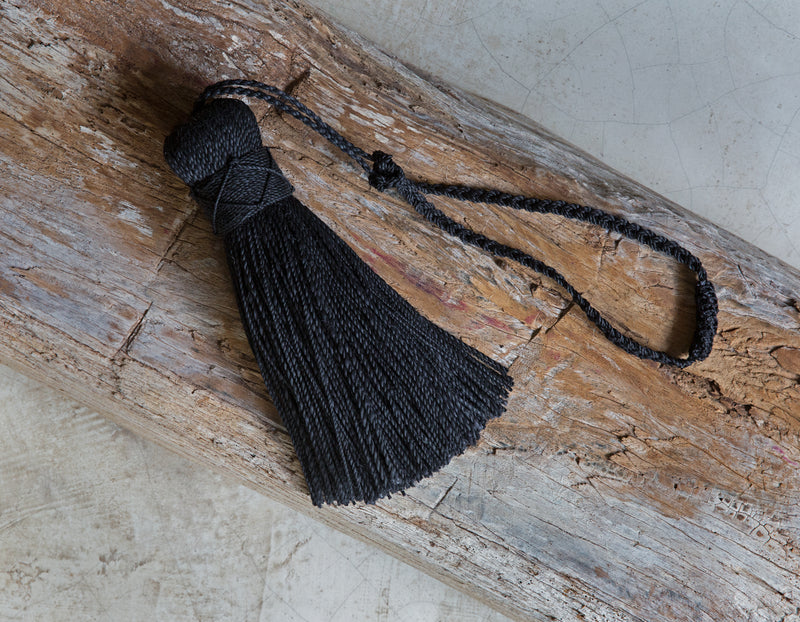 Decorative Tassel, Angela Damman black | Crafthouse Store Kijkduin