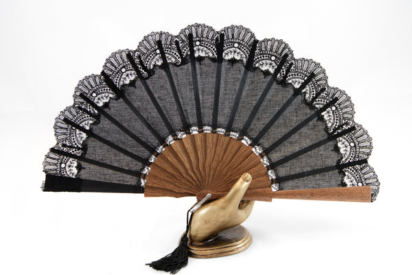 Hand Fan Cheltenham black, Rockcoco close-up | Crafthouse