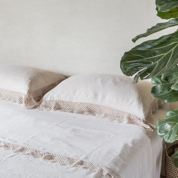 Linen Top Sheet with Macrame, Once Milano cream | Crafthouse Store Kijkduin