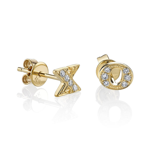 XO Diamond Stud Earrings - Sydney Evan