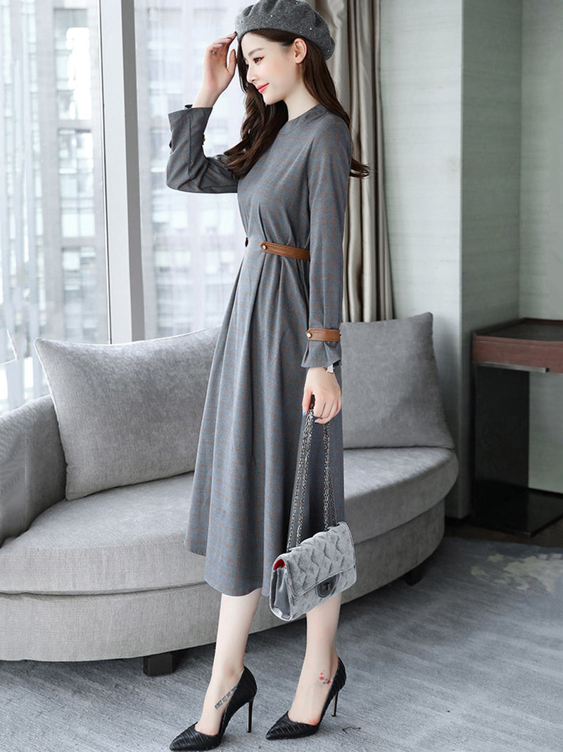 Solid Color Pocket Expansion Long Sleeve Dress