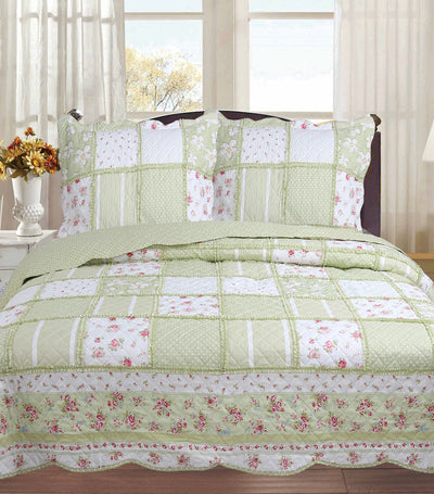 home & main patch quilt set full and queen in green pasture