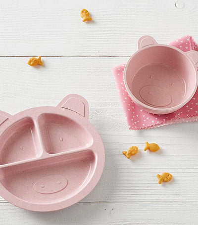 pottery barn kids piglet shaped astrik feeding set