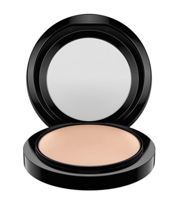 mac cosmetics medium plus mineralize skinfinish natural