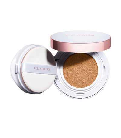 clarins bright plus brightening cushion foundation spf 50 / pa +++ 105 nude