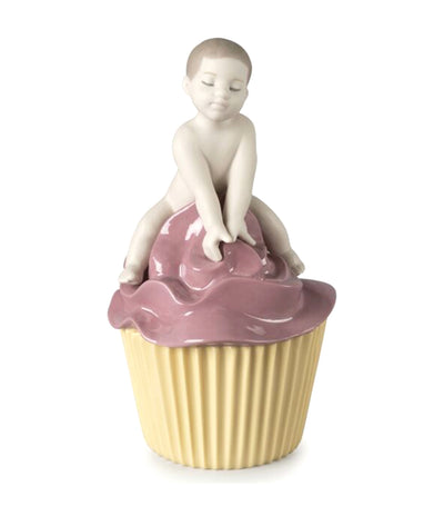 lladro my sweet cupcake boy figurine