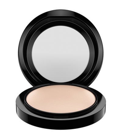 mac cosmetics light mineralize skinfinish natural