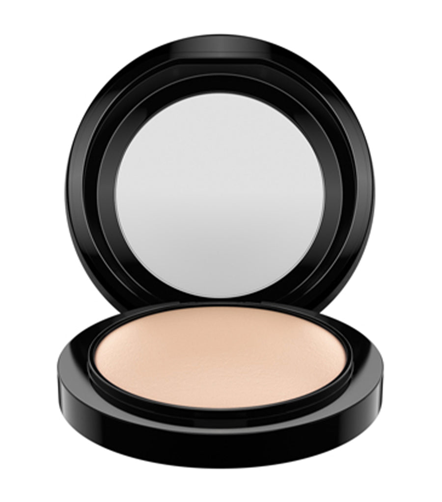 mac cosmetics light plus mineralize skinfinish natural