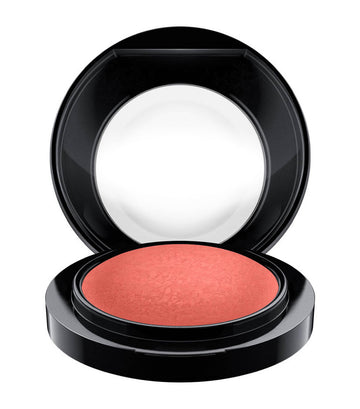 mac cosmetics flirting with danger mineralize blush