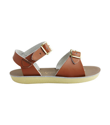 salt-water sandals kids tan surfer