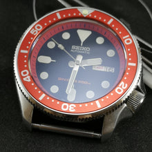 Load image into Gallery viewer, SKX007 Red Aluminum Bezel Insert - Watch&Style