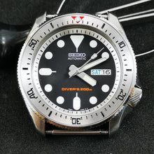 Load image into Gallery viewer, SKX Red II - SKX007 Stainless Bezel Insert - Watch&Style