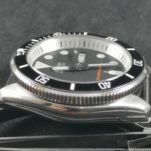 Load image into Gallery viewer, SKX007 Double Dome Sapphire Crystal with Blue AR Coating - Watch&Style