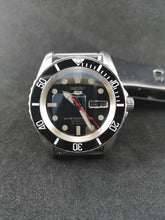 Load image into Gallery viewer, SNZF17 Sub Black Ceramic Bezel Insert - Watch&Style