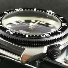 Load image into Gallery viewer, SRP Turtle Re-issue PVD Black Crown - Watch&Style