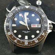 Load image into Gallery viewer, R0177 Orient Ray II - Sub Style Rotating Bezel