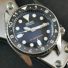 Load image into Gallery viewer, SKX013 Sub Style Rotating Bezel -  Polished Silver