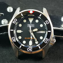 Load image into Gallery viewer, CI0042 SKX013 Ceramic Bezel Insert - Vintage Sub